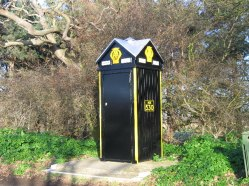AA_telephone_box_at_Brancaster_-_Geograph_-_123884