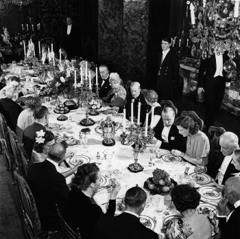 1930s-dinner-party-©-Bert-Morgan-PG-3