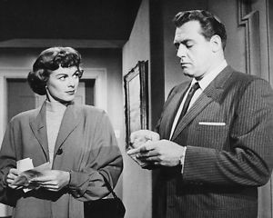 Barbara Hale as Della Street and Raymond Burr as Perry Mason